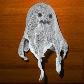 декорация призрак из марли