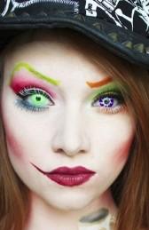 грим ведьмы: праздничный макияж на Хэллоуин
