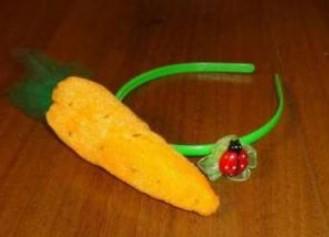ободок с морковкой