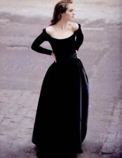 бархатное платье вампирши