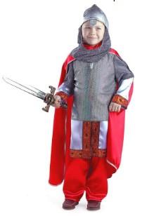 Богатырь со светлым мечом, красными штанами и плащом