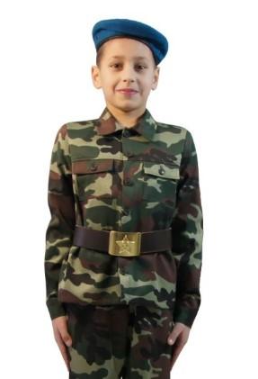 Камуфляжная форма десантника с ремнем со звездой на мальчике