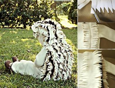 Ёж в белом сидит на траве и три картинки изготовления бахромы
