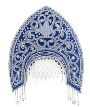 Синий кокошник с бело-голубым декорированием