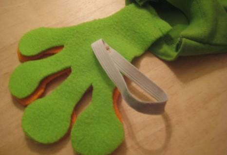 Лапки для костюма лягушки