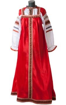 Красный сарафан на манекене