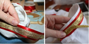 две картинки, золотая лента на красной