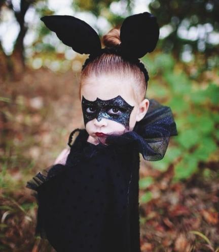 детский образ летучей мыши на хэллоуин