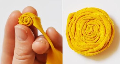 Желтый тканевый цветок для костюма весны