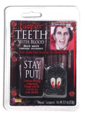 Фото Окровавленные клыки Вампира
