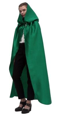 Фото Зеленый атласный плащ с капюшоном