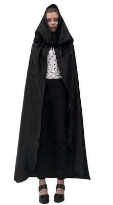 Фото Черный атласный плащ с капюшоном