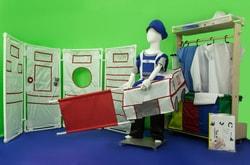 Фото Комлект костюмов и декораций для сюжетно-ролевой игры Скорая помощь