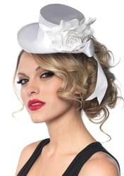 Фото Белая мини-шляпка